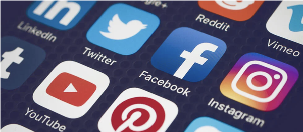 Social media logos on smart phone